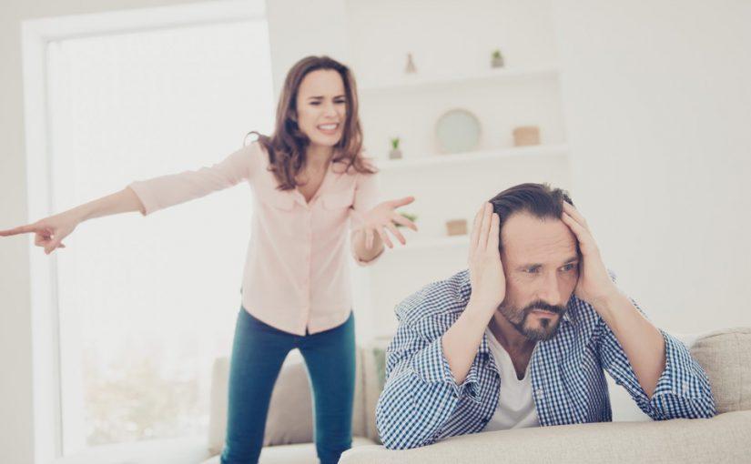 Взял кредит под квартиру и погорел. Отдавать нечем. А от супруги только истерики и чемодан — такой вот тыл