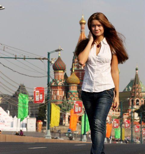 Узнала, что дочь на самом деле не учится в Москве, а занимается не пойми чем. Что делать? Как её вразумить?