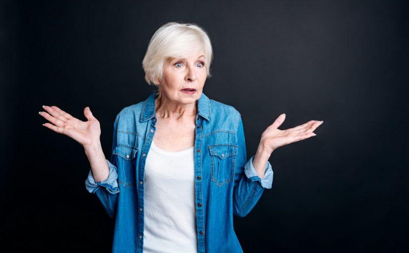 Вышла на пенсию и ощутила беспросветное одиночество. Только на старости лет поняла, что прожила свою жизнь неправильно