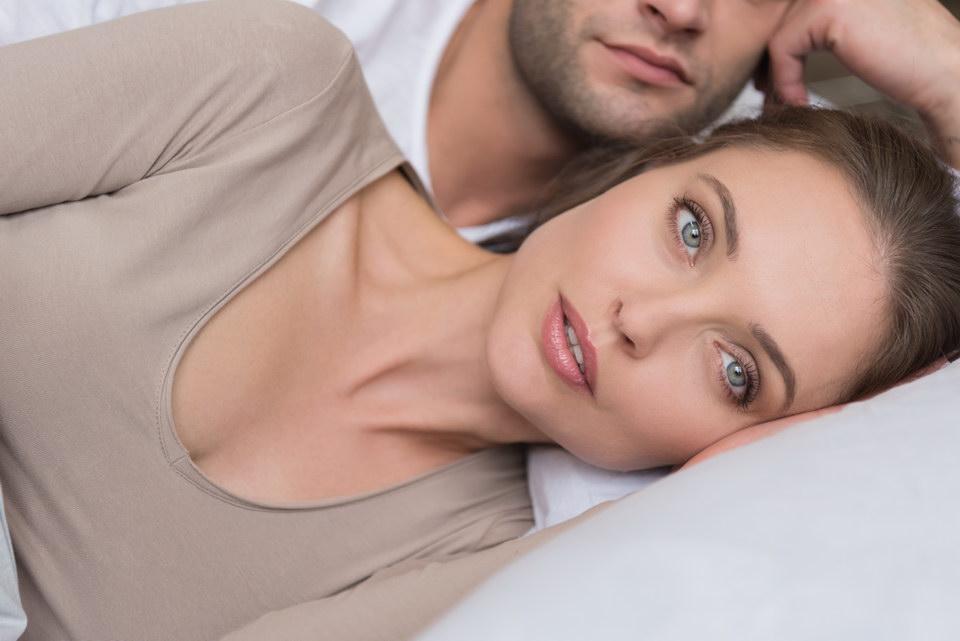 Жена первый раз в жизни сама нашла мужу любовницу