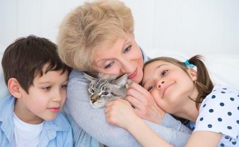 Внуки у меня постоянно, даже когда их родители свободны. Я всех люблю и обожаю, но хочется и для себя часок выкроить