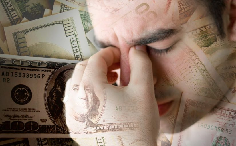 Не признаюсь, но бесит, что жена зарабатывает больше меня. Я не дотянусь, как ни крути. Как с этим жить?