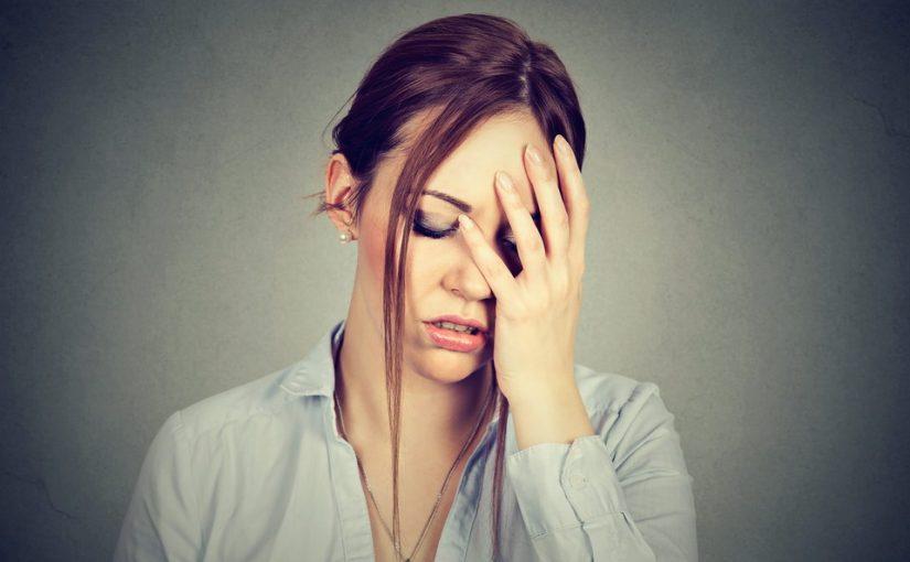 На отдыхе изменила мужу. Мучает совесть, но если расскажу, он уйдёт. Что делать? Всю жизнь так мучиться?