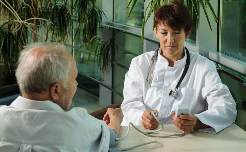 Муж насмотрится медицинских программ и придумывает себе болячки, через день в поликлинику бегает. Что с ним делать?