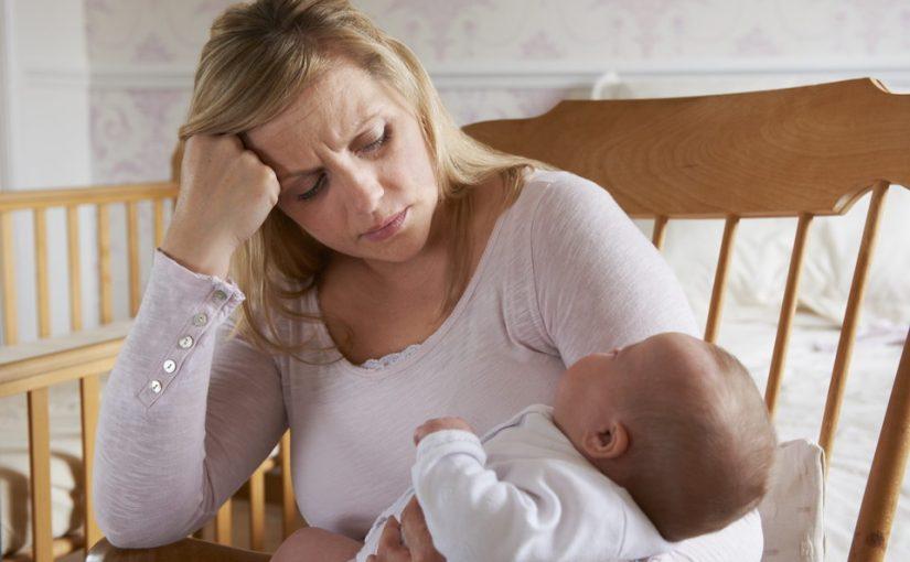 Родила «для себя» и не думала, что будет так тяжело. Надо выходить на работу, пожилые родители не помогают. Что делать?