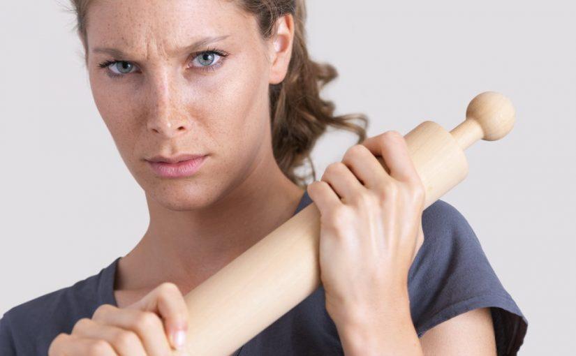 Муж хочет нанять домработницу, а я не хочу, чтобы чужая женщина хозяйничала в моём доме