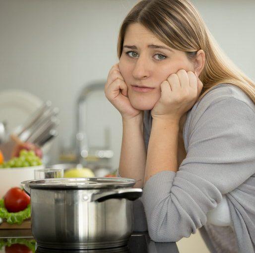 Я молодая, красивая, готовлю хорошо, а муж относится ко всему этому как к должному, да и сам смотрит на сторону