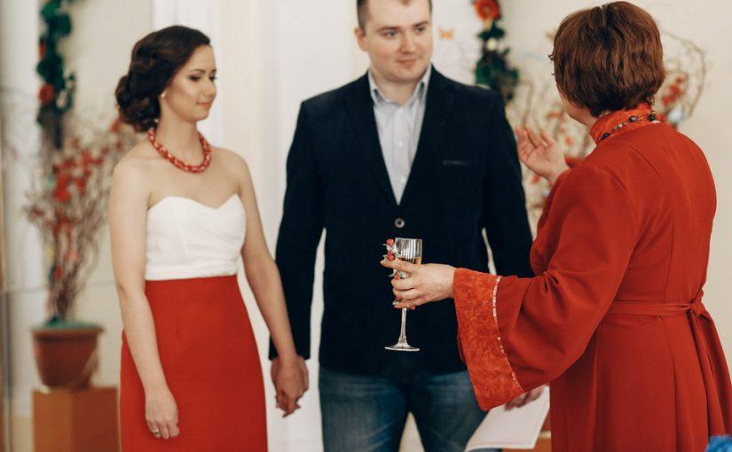 Свекровь так сильно хотела, чтобы свадьба была «как у людей», что мы до сих пор никак не можем погасить её кредит