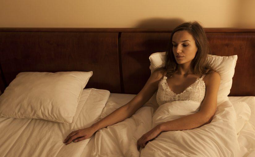 Мой муж старше меня на 10 лет и устала быть под его «опекой». Хочу быть на равных, но и разводиться не вариант
