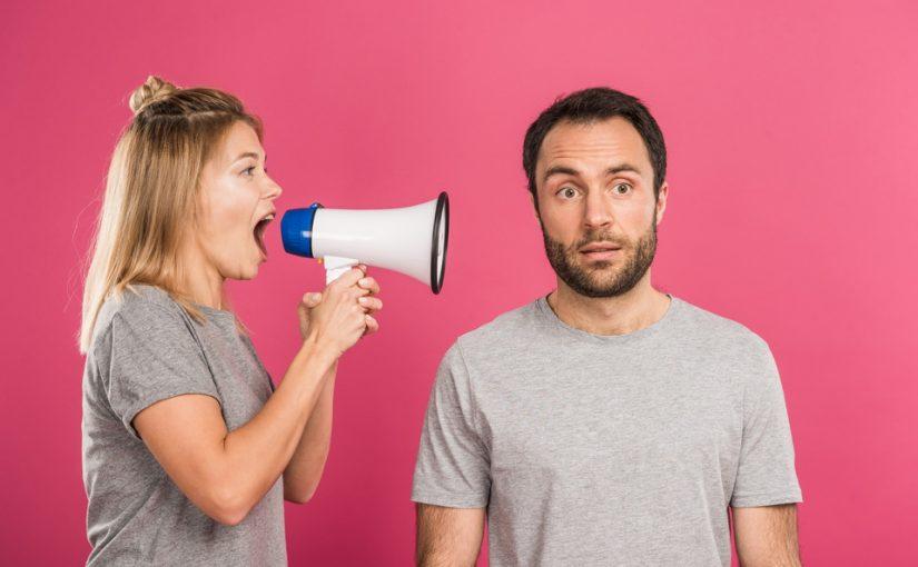 Стеснительного брата хочет захомутать опытная разведенка