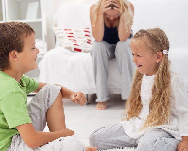 Не могу жить с мыслью, что воспитываю чужих детей