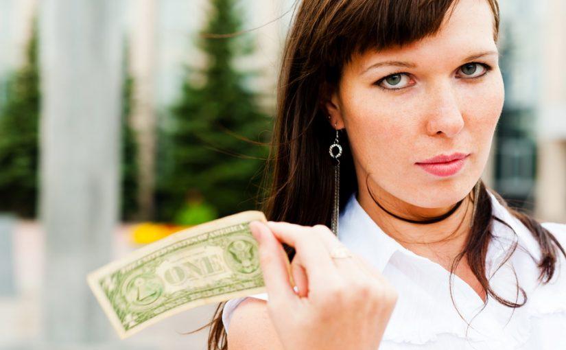 Муж не говорит мне о своих доходах. Скрывает и даже врёт. Почему он так делает. Не доверяет?