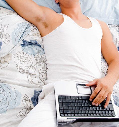 Муж сидит постоянно дома. Не работает, сдаёт квартиры. Быть с ним 24ч в сутки надоело. Что делать и куда его отправить?