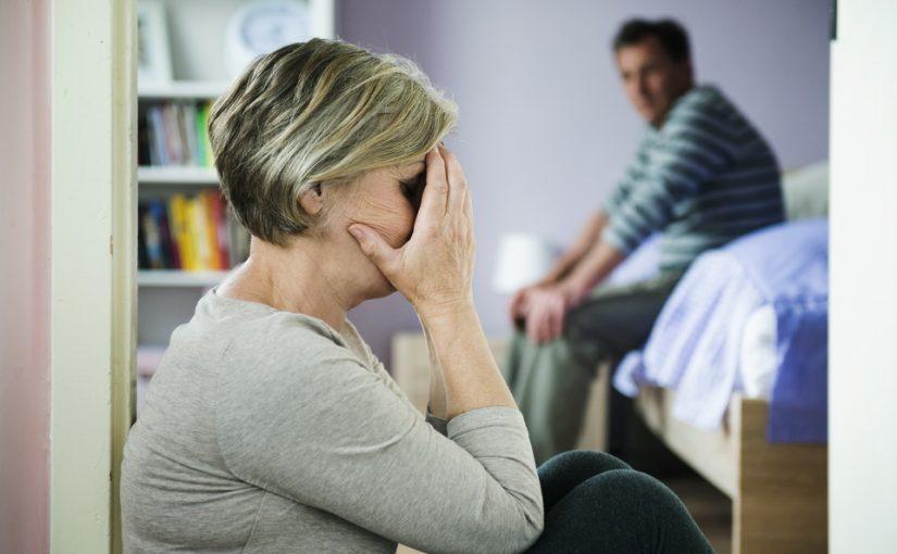 Муж меня не бьёт, но добивает морально. Стоит ли от него уходить?