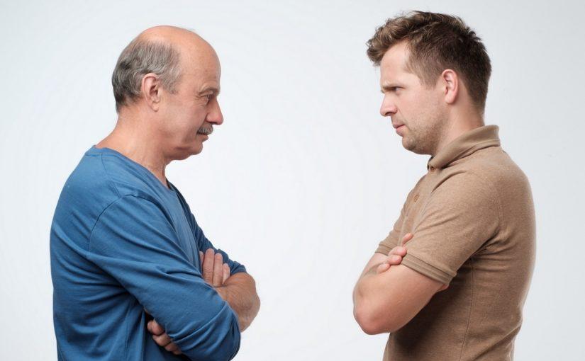 Тесть все «мужские» дела делает сам, это бесит всю семью, но его не переубедить
