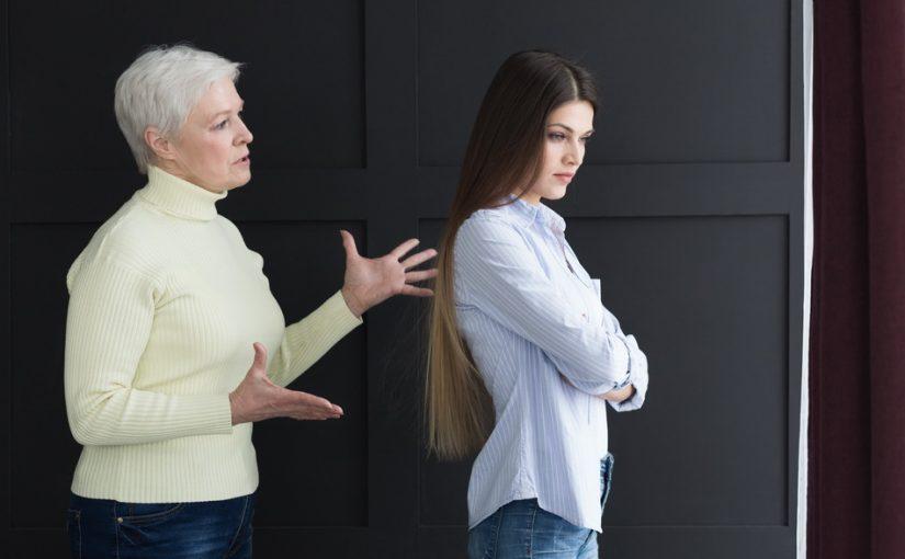 Моему сыну не повезло с женой. Все женские обязанности взял на себя, а она для семьи – ничего. Как ему помочь?