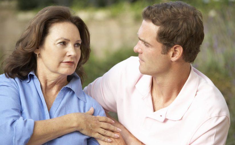 Нелёгкий выбор, но сын должен его сделать: если невестка не сможет родить, то зачем ему такая жена?