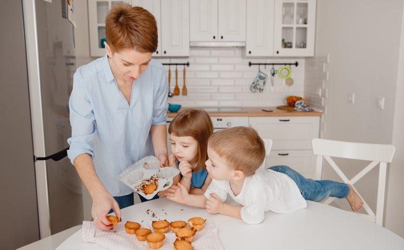 У мужа есть дети. Живём вместе, я готова их воспитывать, но подарить им материнскую любовь – нет и это невозможно