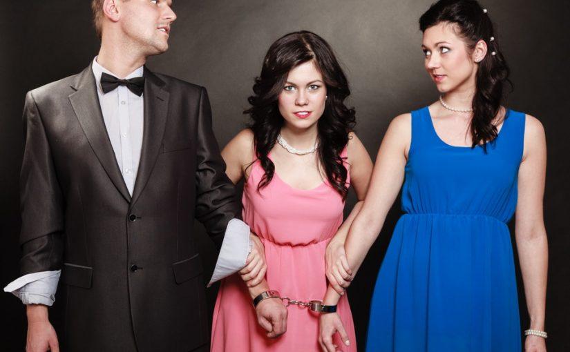 Любовница мужа предлагает не разводиться, а пользоваться им по расписанию