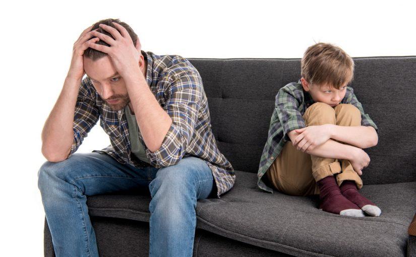 Кем быть сыну: другом или отцом?