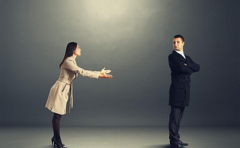Сын хочет принять назад бывшую ради внука, но прощать измену и принимать чужого ребёнка зачем? Как не допустить