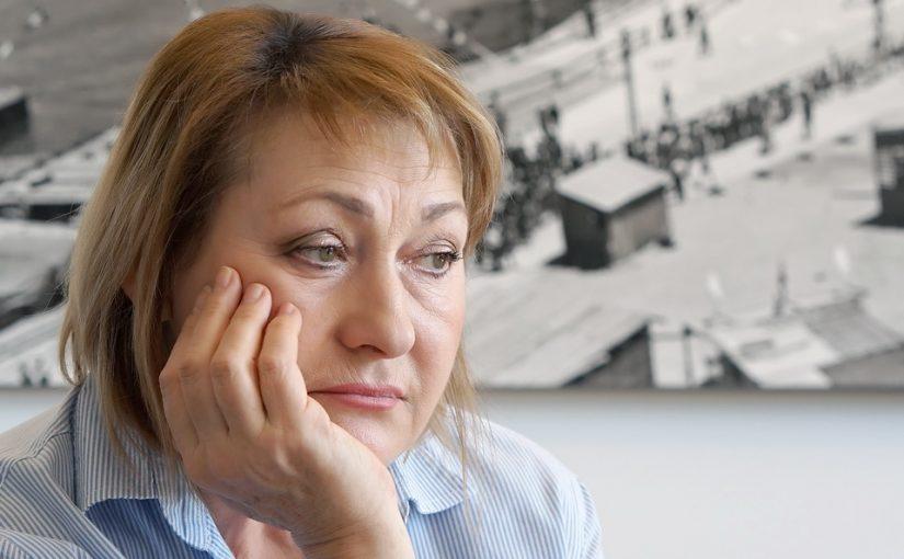 25 лет назад мама рассудила, что бабушкина квартира сестре нужнее. Так родители забирают родство